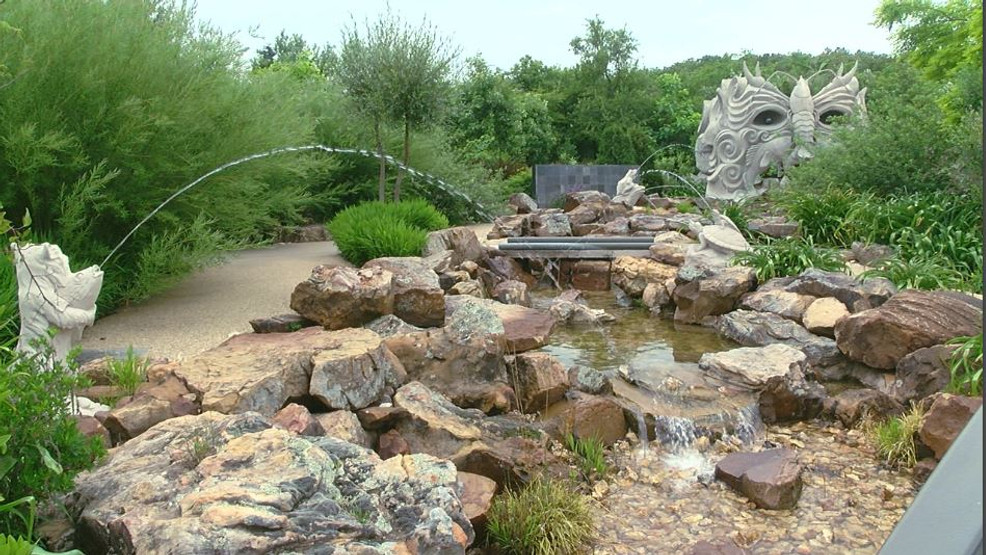 Tulsa's Botanic Garden reopens to members only