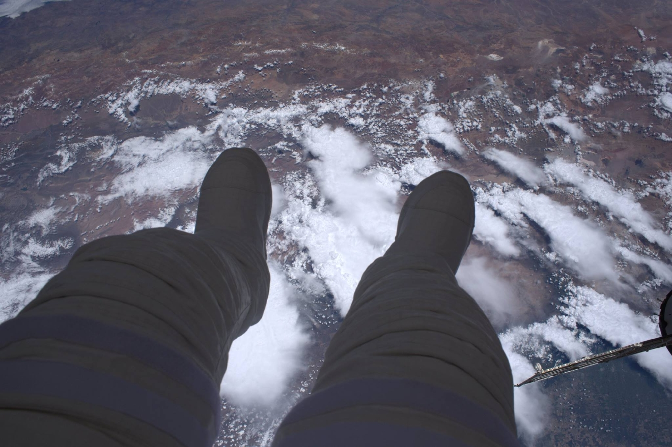 This is what a spacewalk is: 400 km of void under your feet. (Photo & Caption: Thomas Pesquet // NASA)