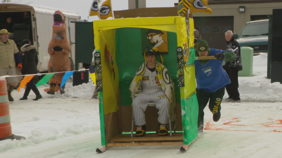 OUTHOUSE RACES_frame_5630.png