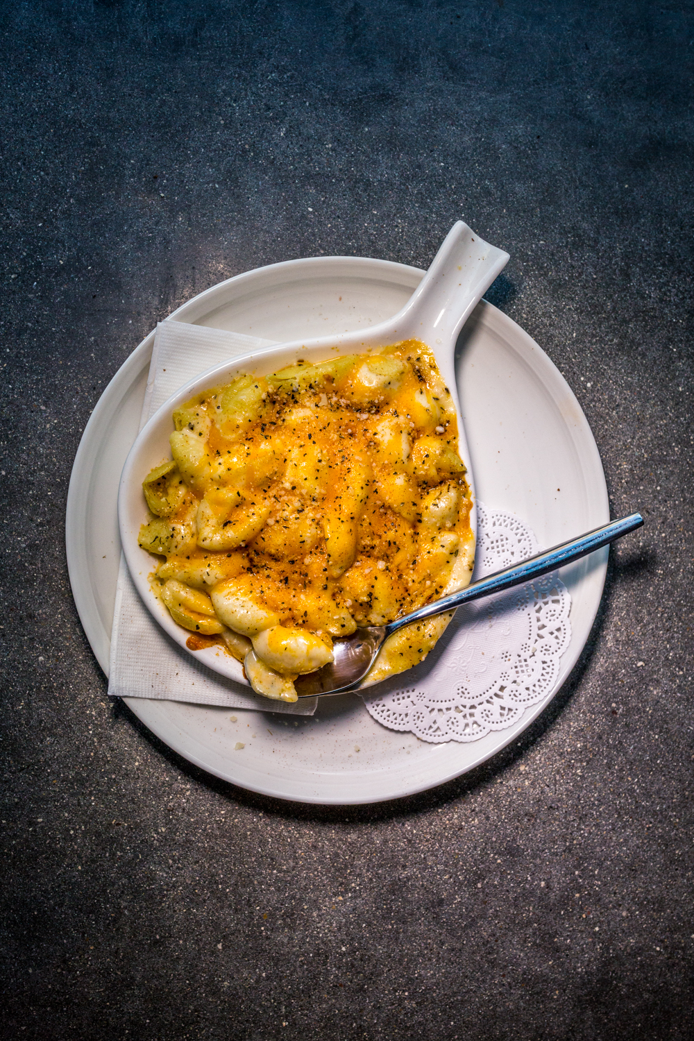 Mac & cheese / Image: Catherine Viox // Published: 10.10.19