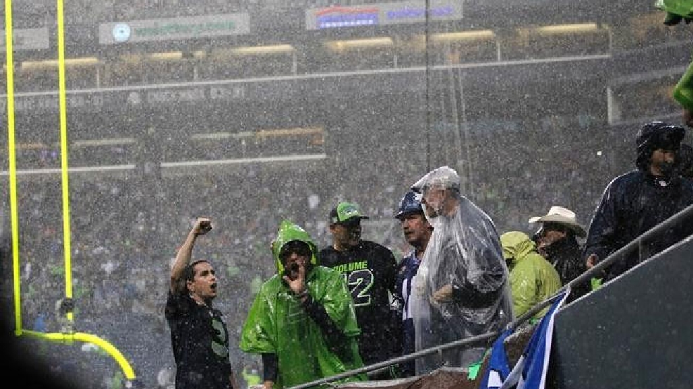 (Snowy?) Weather may be a factor in Seahawks playoff game this weekend