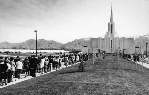 Latter-days Saints lined up to attend the dedication services at the Jordan River Utah Temple in 1981. ©ALL RIGHTS RESERVED.