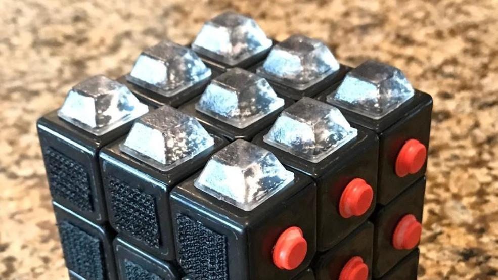 Vancouver Wa Teens Create A Rubik S Cube For The Visually