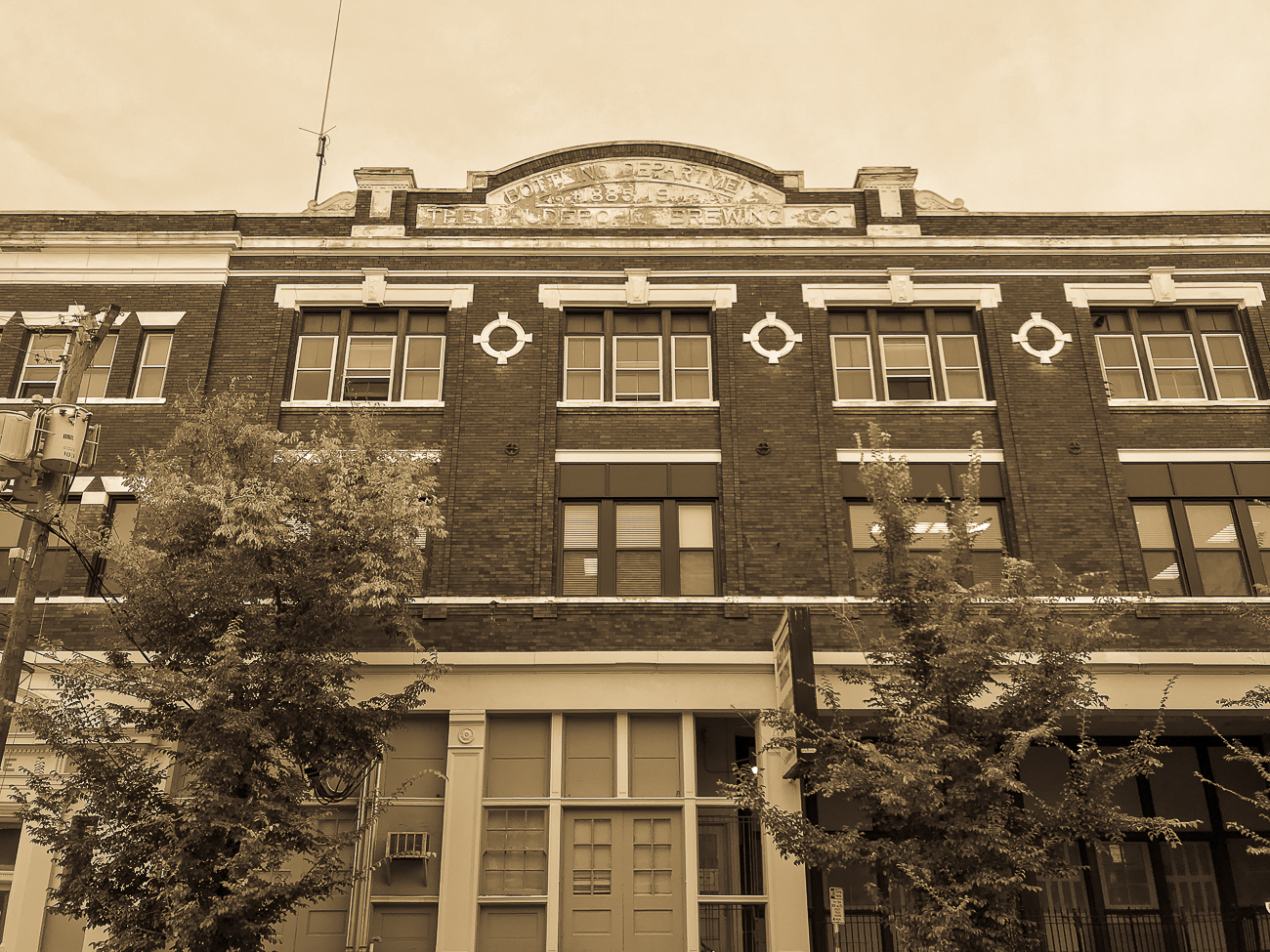 While many associate Hudepohl Brewing Company with the Queensgate location, the original location was actually on McMicken Avenue. It handled operations at this location until after Prohibition was repealed. In the '30s, the company moved operations to 6th Street, and the McMicken Ave building was retired in 1953. ADDRESS: 40 E McMicken Ave. (45202) / Image: Cincinnati Refined // Published: 6.14.19